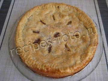 Американский закрытый яблочный пирог из песочного теста