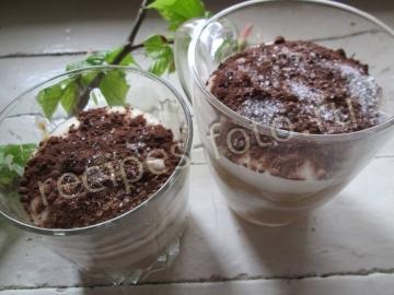 Десерт из пряников и творога без выпечки