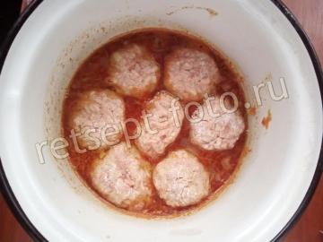 Куриные тефтели с рисом и подливкой для детей 1,5 года