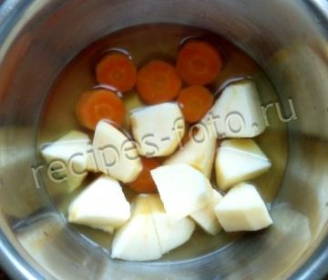 Детское морковно-яблочное пюре в блендере для грудничка (для ребенка от 6 месяцев)