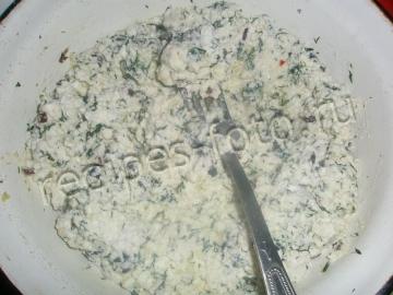 Хачапури с творогом и зеленью на сковороде. Рецепт теста на кефире