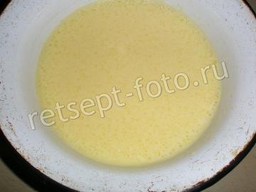 Клубнично-банановый торт со сметаной