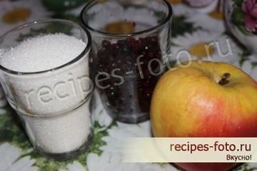 Компот из свежих яблок и брусники
