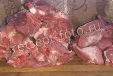 Консервированные свиные ребрышки