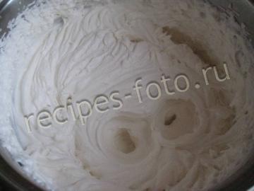 Лимонный торт со сметанным кремом