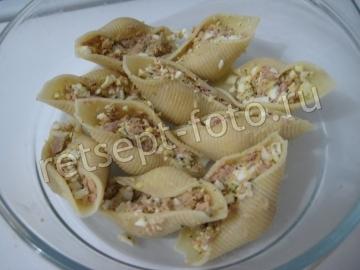 Макароны ракушки фаршированные тунцом