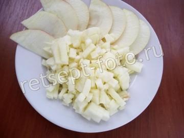 Манная запеканка с яблоками для ребенка 8 месяцев