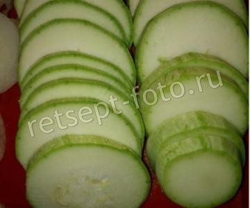 Овощная запеканка с салом (беконом)