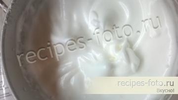 Пасхальный кулич на топленом молоке с изюмом