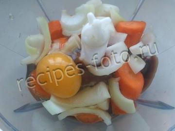 Печеночные оладьи из куриной печени с морковью