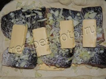 Пирог со щукой на дрожжевом тесте