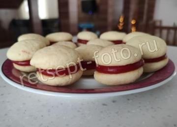 """Пирожное """"Сладкая парочка"""" из печенья с начинкой"""