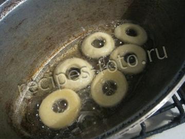 Пончики на сметане без дрожжей