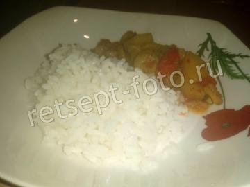 Рис с креветками и ананасами