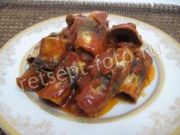 Рулетики из салаки в духовке запеченные под томатным соусом по-шведски