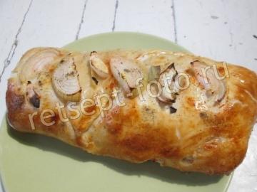 Рыбный пирог с соленой скумбрией из слоеного теста