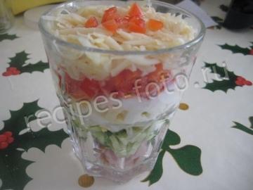 Салат коктейль с ветчиной и сыром пошаговый рецепт