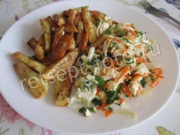 Салат с фетой и рукколой
