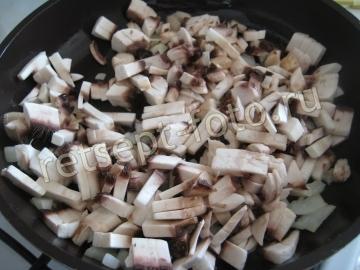 Свиные котлеты с грибами