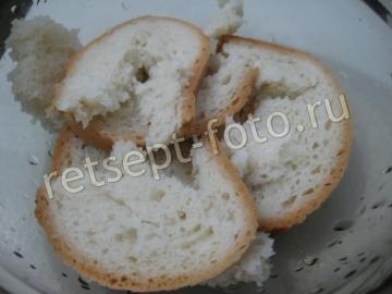 Свиные котлеты с картошкой и хлебом