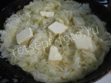 Вегетарианские чебуреки с чечевицей и капустной