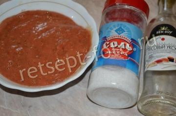 Жареные баклажаны в томатном соусе