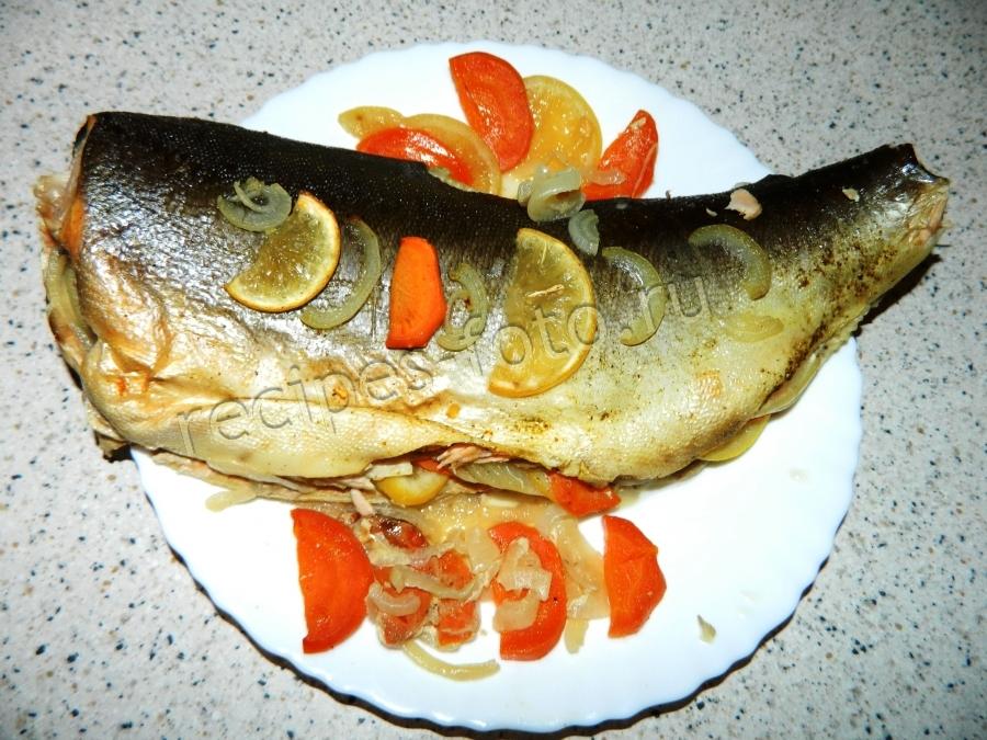 рецепт приготовления горбуши в духовке с морковью и лимоном