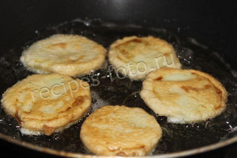 кабачки жареные в кляре с яйцом и мукой