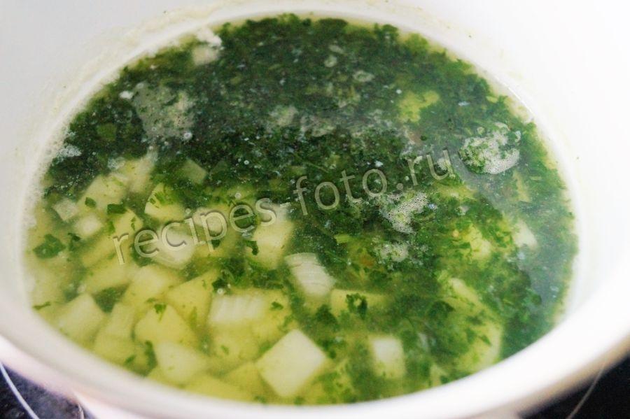 Суп из замороженного шпината для ребенка