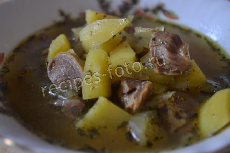 Куриные желудки в духовке с картошкой