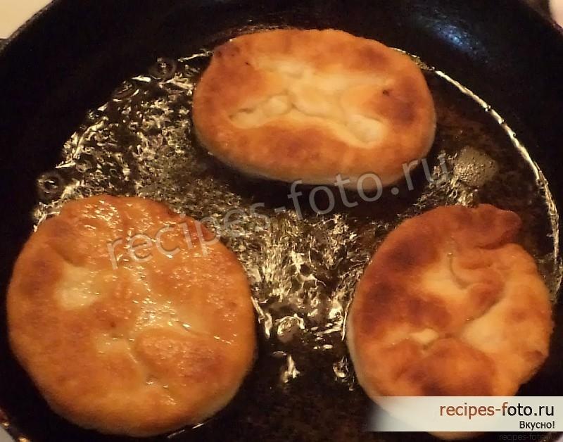 Дрожжевое тесто для жареных пирожков с пошагово