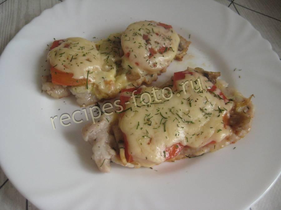 отбивные из свинины с помидорами грибами и сыром в духовке
