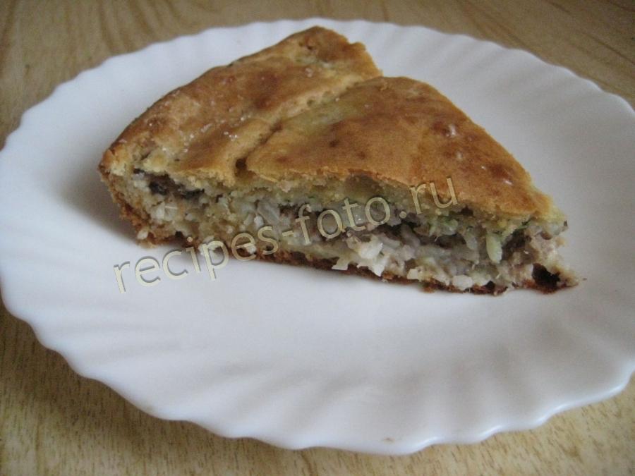 Пирог с рыбной консервой дрожжевой