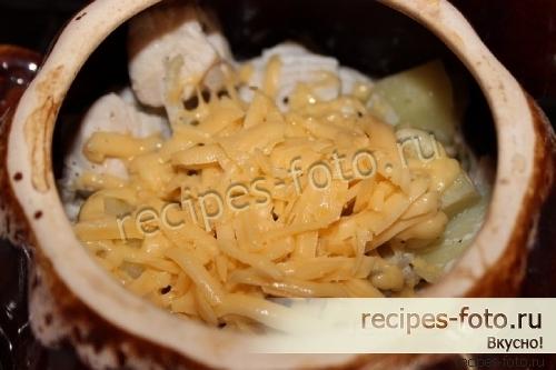курица с грибами и черносливом в духовке рецепт с фото