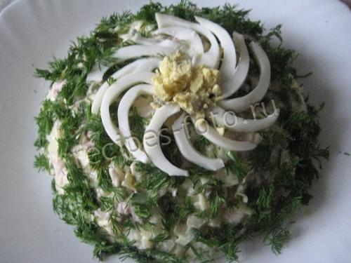 салат подсолнух с чипсами и морковкой рецепт