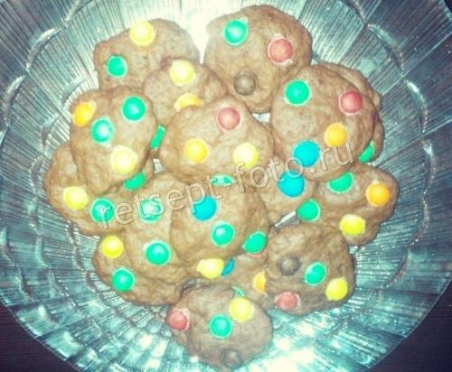Шоколадное печенье с MM's