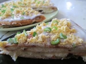 Блинный торт с мясом и картошкой