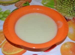 Детское овощное пюре из кабачка и цветной капусты для детей от 4 месяцев