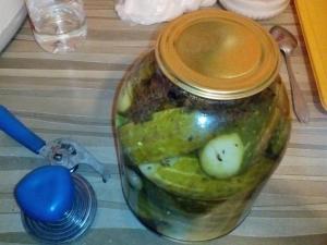 Огурцы в кисло-сладком маринаде на зиму