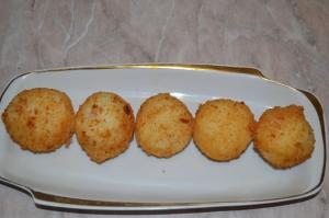 Аранчини с ветчиной и сыром