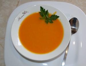 Тыквенный суп-пюре с яблоком для ребенка от 10 месяцев