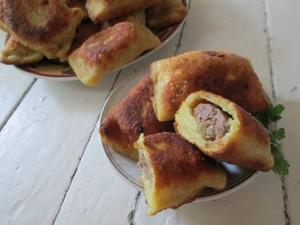 Жаренные пирожки из картофельного теста