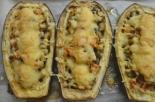 Баклажаны с грибами и помидорами в духовке