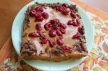 Бисквитный торт со сгущенкой и вишней