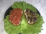 Брускетты на завтрак (грибная и овощная с помидорами)
