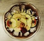 Десерт Обезьянка из фруктов и шоколада
