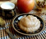 Детское фруктовое пюре для прикорма из яблок и банана для детей до 1 года (от 6 месяцев)