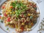 Жареный рис с овощами и яйцом по-китайски