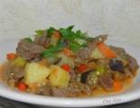 Овощное рагу с мясом и картошкой в мультиварке