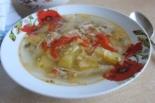 Куриный суп с помидорами и капустой
